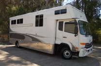 Vehicle For Sale - 4 Horse - 3 Bed